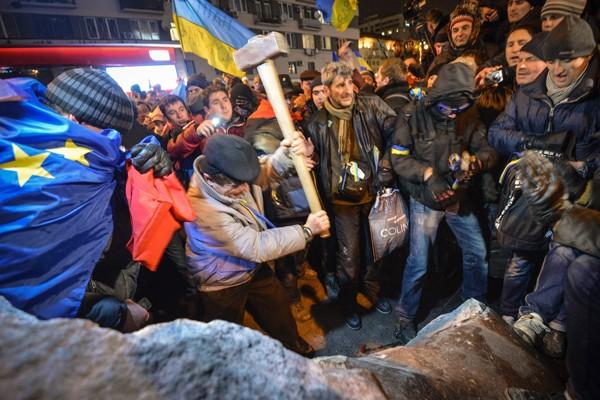 Украинская логика шагает по миру