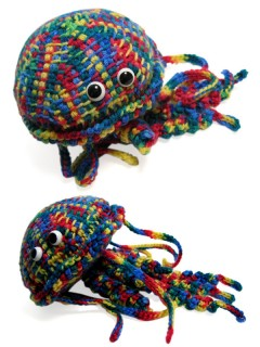 Rainbow jellifish by jellibat click to see larger image