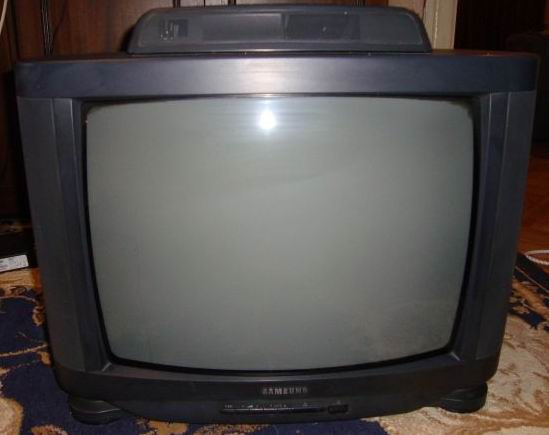 Телевизор samsung CK3382ZR на запчасти.