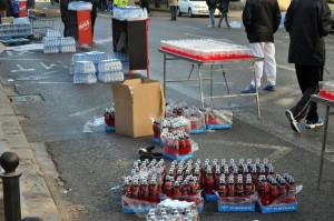 Питательный пункт ожидает марафонцев