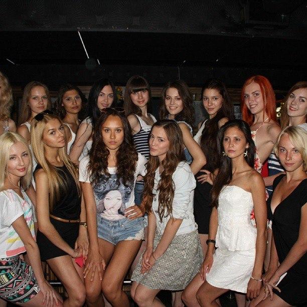 фото самарских девушек с силиконовыми сиськами