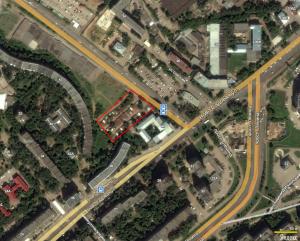 Незаконные конструкции на улице Соколова будут сносить. А что построят?
