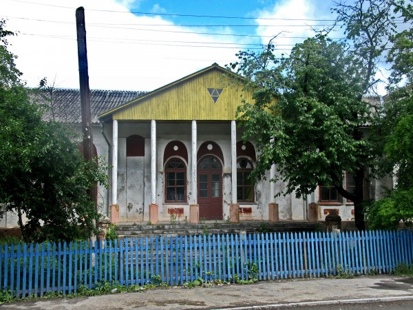 28 Вижниця. Одна з колишніх синагог