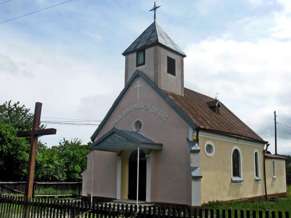 16 Мілієве. Костел св. Анни