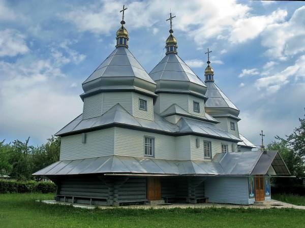 08 Берегомет. Юріївська церква