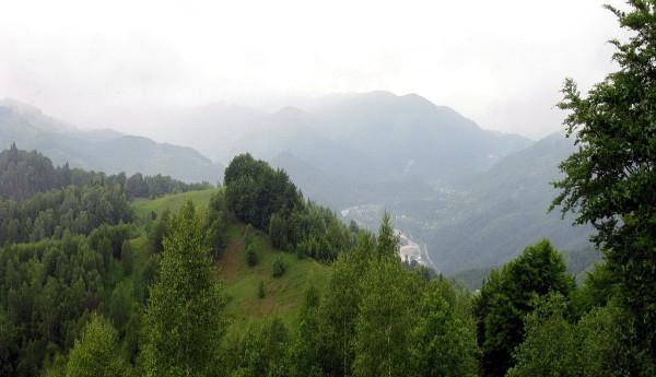 06 Вид з перевалу Німчич