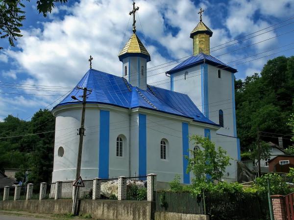 34 Звенячин. Церква Різдва Богородиці
