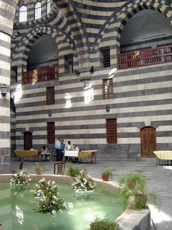 24 Дамаск Дворик в Старом городе.JPG
