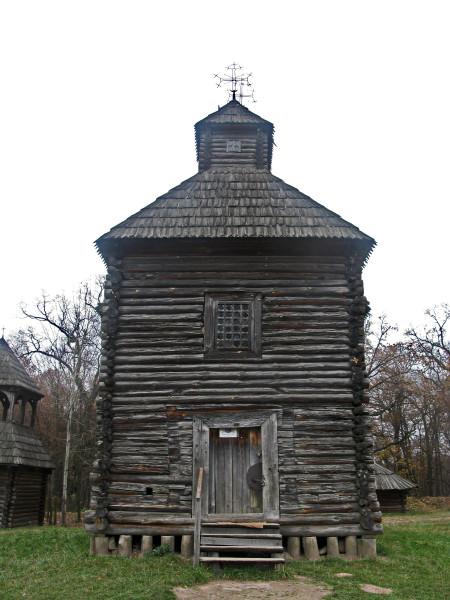 004 Церква с.Кисоричіі