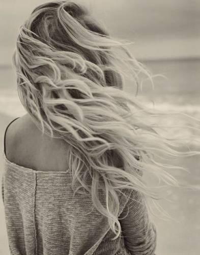 прически для волос средней длины каре фото
