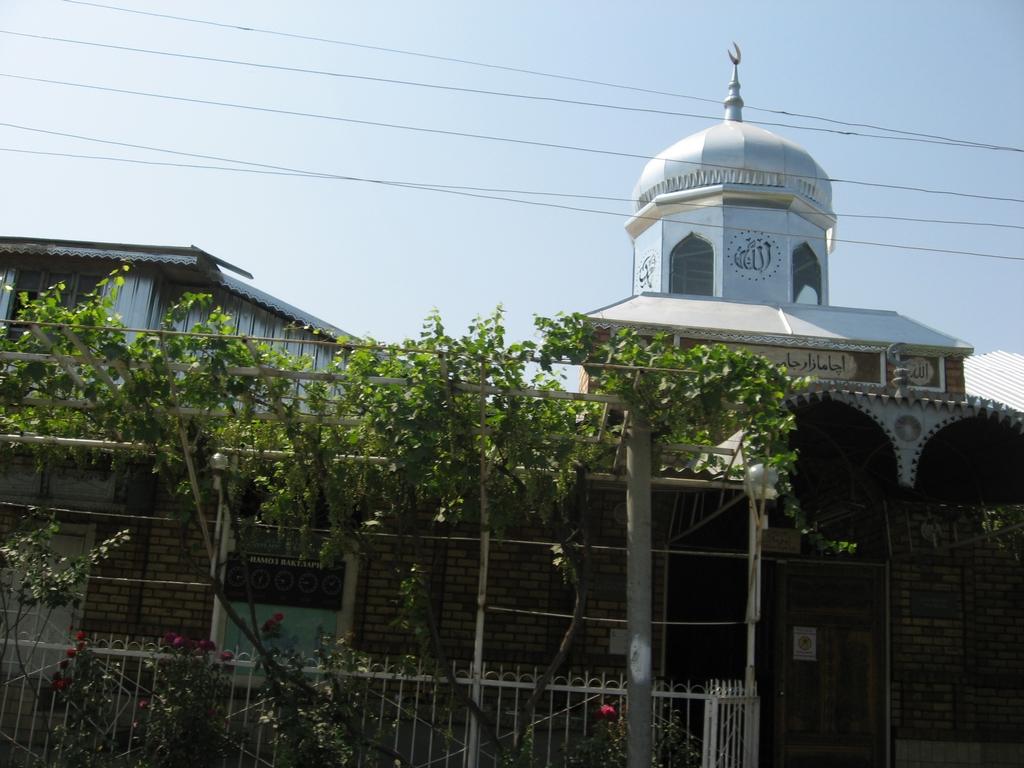 Мечеть с расписанием