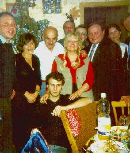 13 к Новый год с семьей
