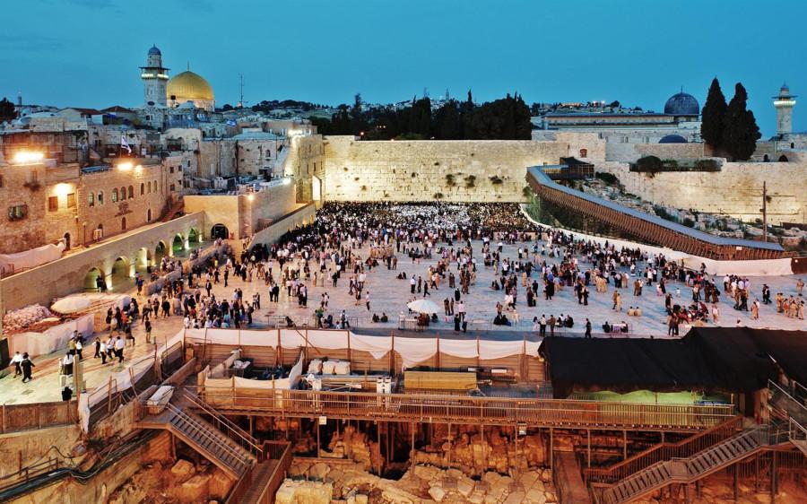 the-waling-wall-in-jerusalem-312013