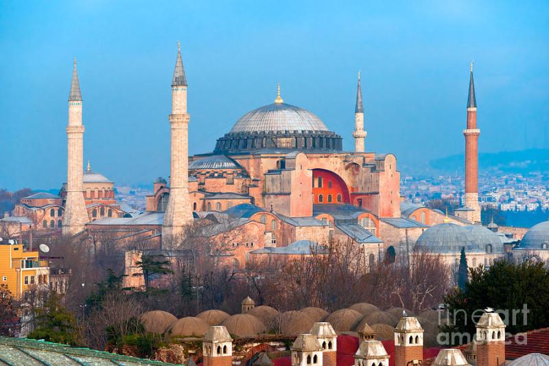 hagia-sophia--istanbul-luciano-mortula