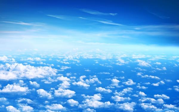 344473_oblaka_nebo_goluboj_2560x1600_(www.GdeFon.ru)