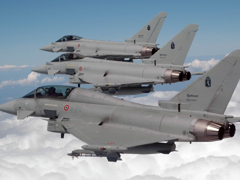 Eurofighter_Typhoon_-Military_aircraft_HD_wallpaper_1920x1440