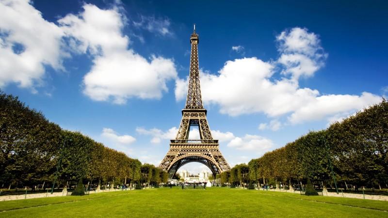 эйфелева-башня-Париж