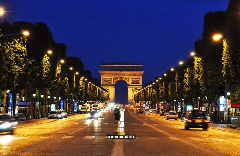 Paris-France-Landmark-Champs-Elysees-1