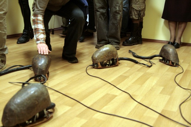 Инсталляция Protozoa, Марина Колдобская, Олег Родионов, Антон Чумак, CYLAND
