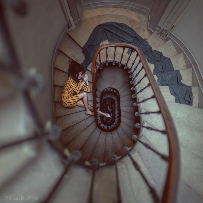stair_romance_4_sm