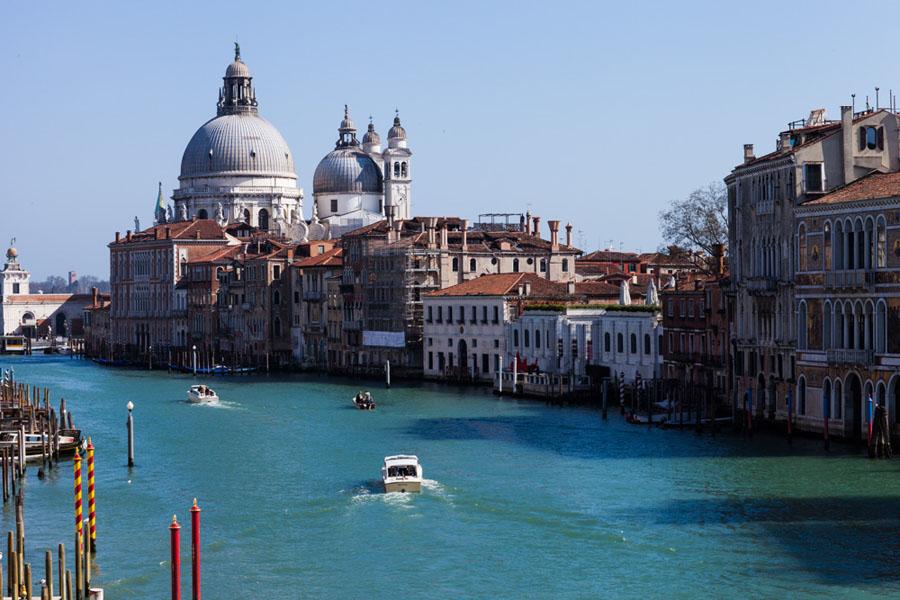 Italy_Inet027
