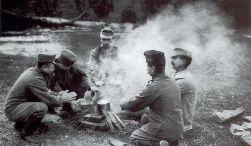 Отюда: Le Armi E Gli Equipaggiamenti Dell'Esercito Austro-Ungarico: Dal 1914 al 1918 Vol.2. Siro Offelli. Gino Rossate Editore2001