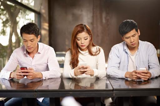 Про смартфоны, информацию и общество