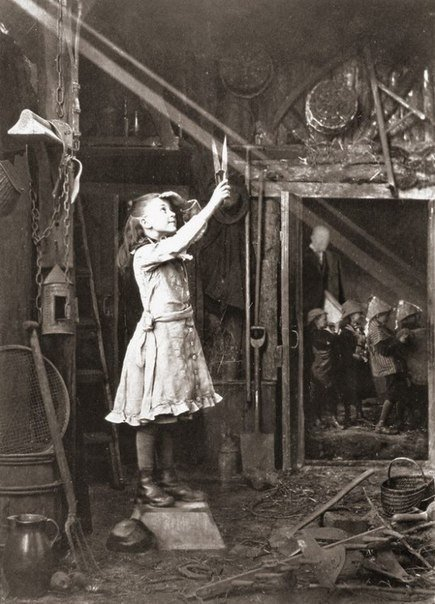 Девочка режет солнечный луч, 1886 год.
