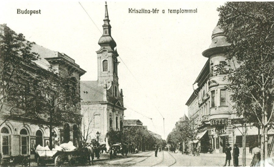 krisztina_ter_a_templommal