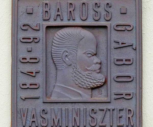 яBaross_Gábor_plaque_(Gyula_Baross_u_2)