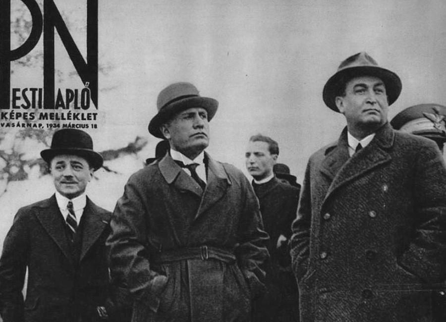 800px-Dollfuss,_Mussolini_és_Gömbös_Rómában_(1934)