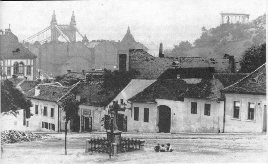 Tabán, Kereszt tér 1905.-ben