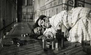 Вот так начнёшь смотреть старые фотографии с будапештскими двориками1…