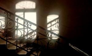 Свет и лестница
