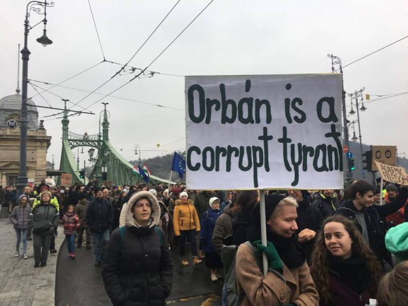 orban_uni_2