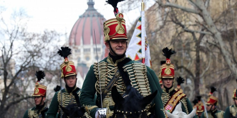 march-15-hussar-hussars-Hungary-1280x640