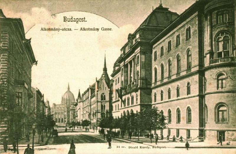 budapest-v-kerulet-alkotmany-utca-_1