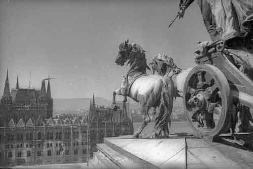 1945 Bp V Koss t, a Kúria tetejéről