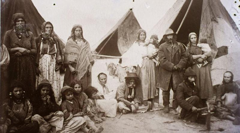 Varga-András_Kép3-cigányok_Cegléd_1908-800x445