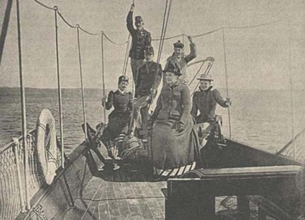 1József_főherceg_családjával_a_tengeren_1892-20
