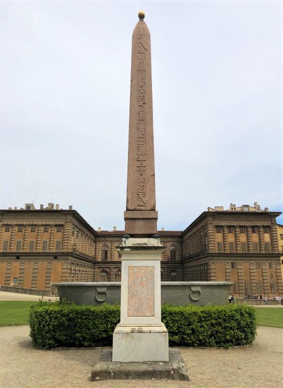 Единственный в Тоскане древнеегипетский обелиск