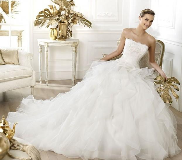 vestito-da-sposa-pronovias-modello-leante