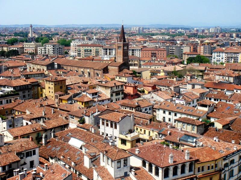 1001 Италия