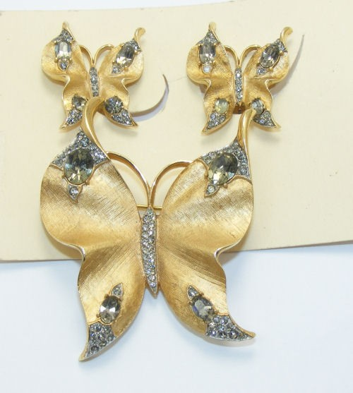 trifari-butterfly-brooch-and-earring-set-15011-p