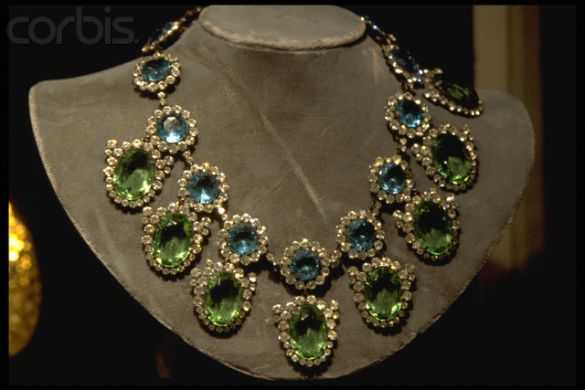sothebys-jewelry-2 (1)