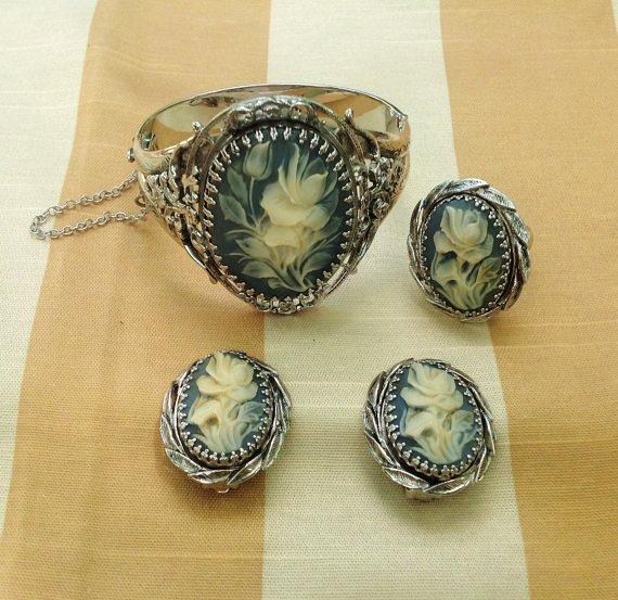 1970s whiting  davis blue rose cameo jewelry set-f78224