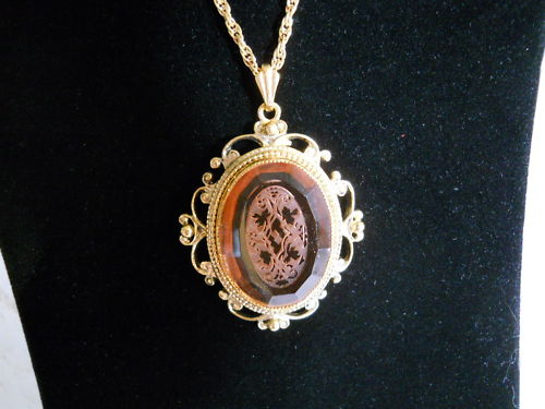 Vintage-Whiting-Davis-Etched-Amber-Glass-Gold-Tone