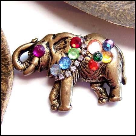 elephant-pin-gold-jeweled-1
