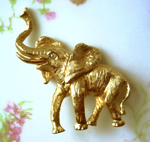 vintage_napier_baby_elephant_brooch_8f42b5d2