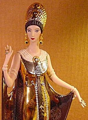 erte-figurine